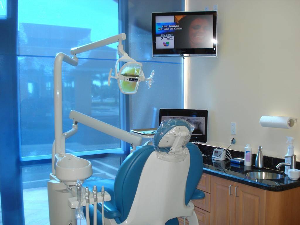 Dental Office Wallpaper