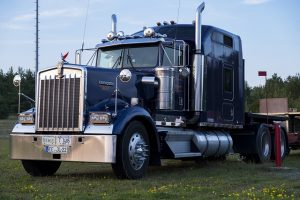 heavy duty tractor and trailers factoring, truck factoring, tractor trailers factoring