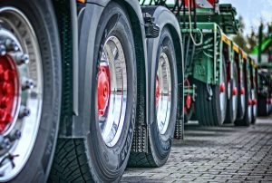 Heavy Duty Tractor and Trailers Factoring, truck factoring